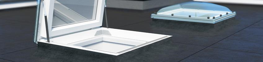 Lucernari per tetti piatti drc drf fakro for Lucernari per tetti